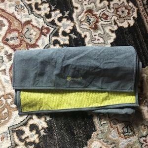 NWOT gaiam yoga towel